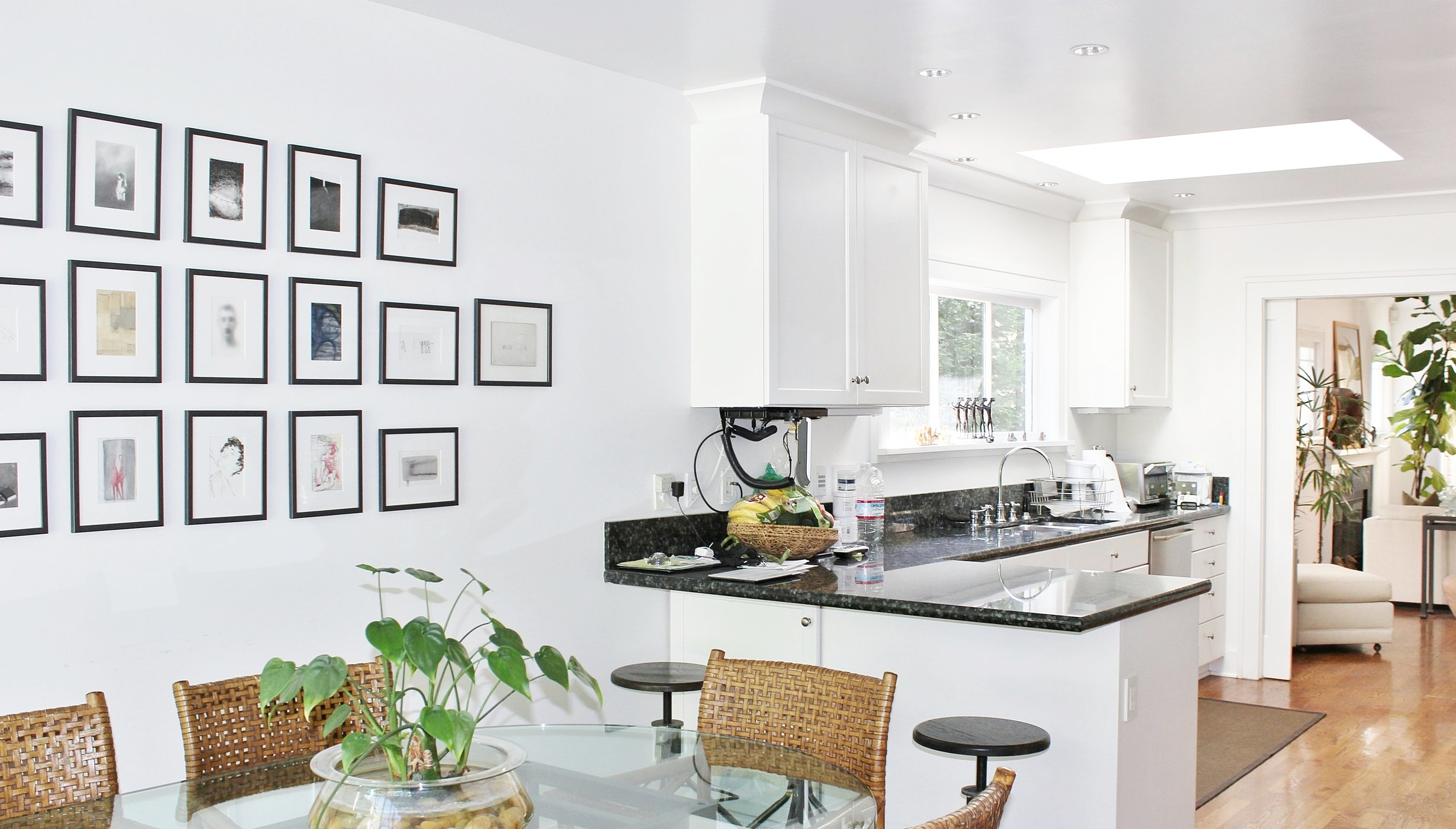 dining:kitchen .JPG