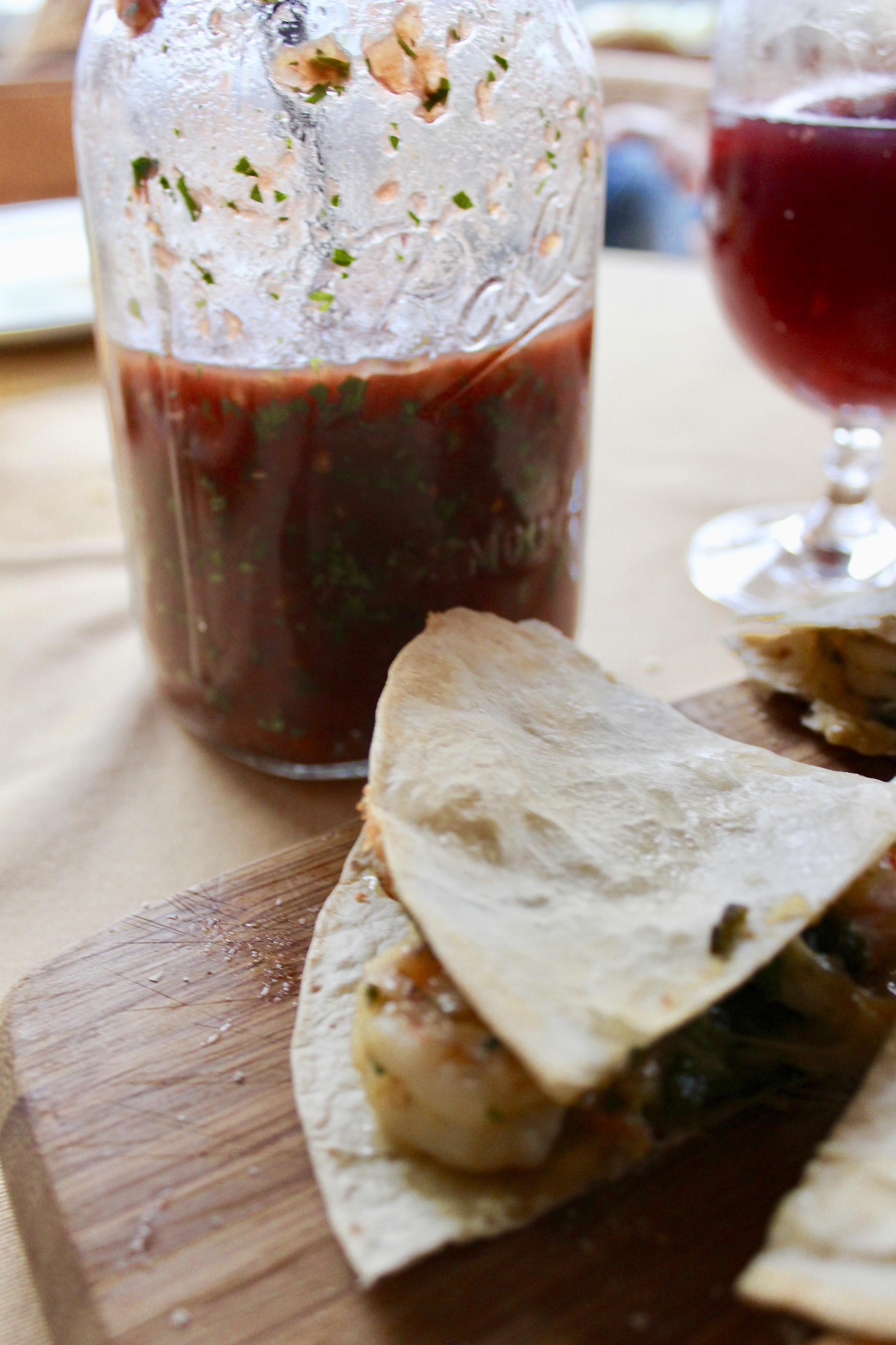 quesadillas_salsa