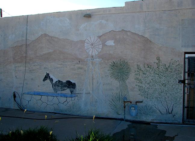 5165 Dona Ana Road Latex Gale 2004