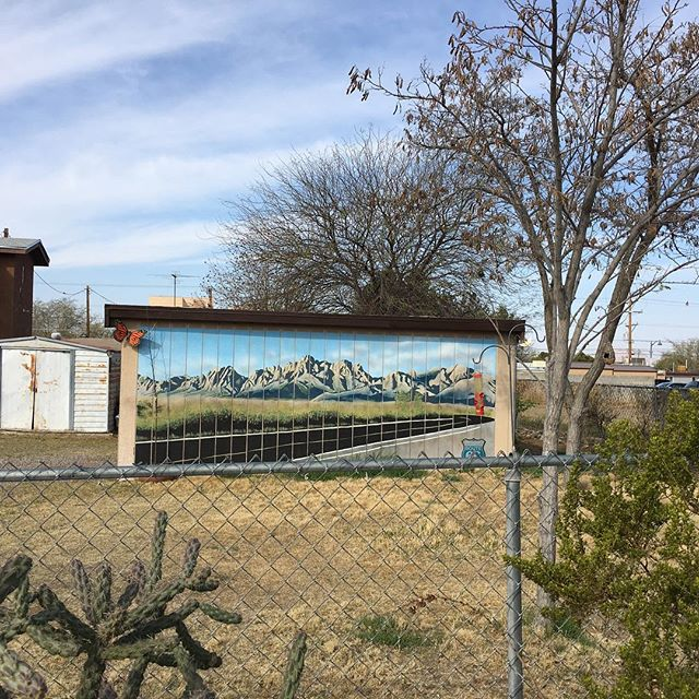 Located on N. Tornillo st. #muralsoflascruces #putamuralonit #muralhunter #lascruces #newmexico #murals #publicart