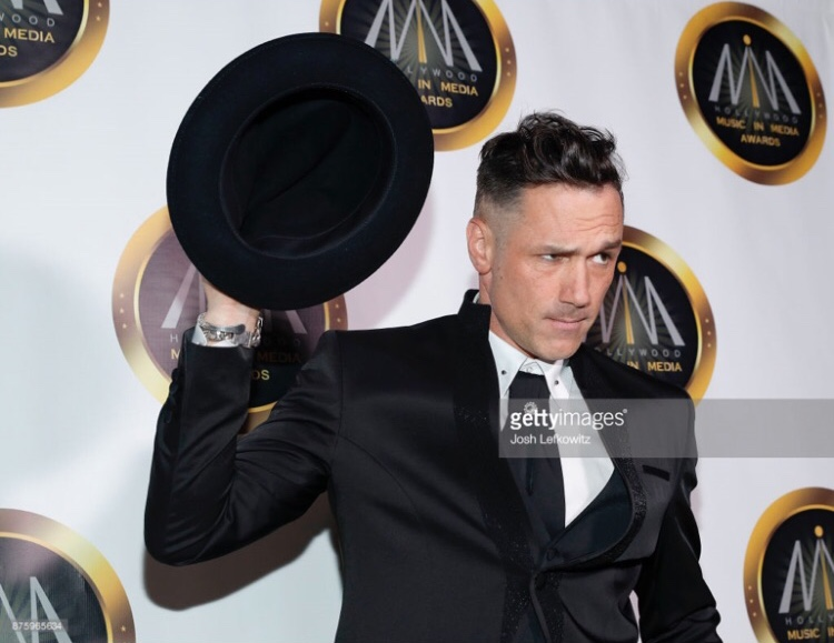 DYLAN BERRY  FOR  HMMA AWARDS  RED CARPET 2017 - GROOMING BY EMILY WRIGHT