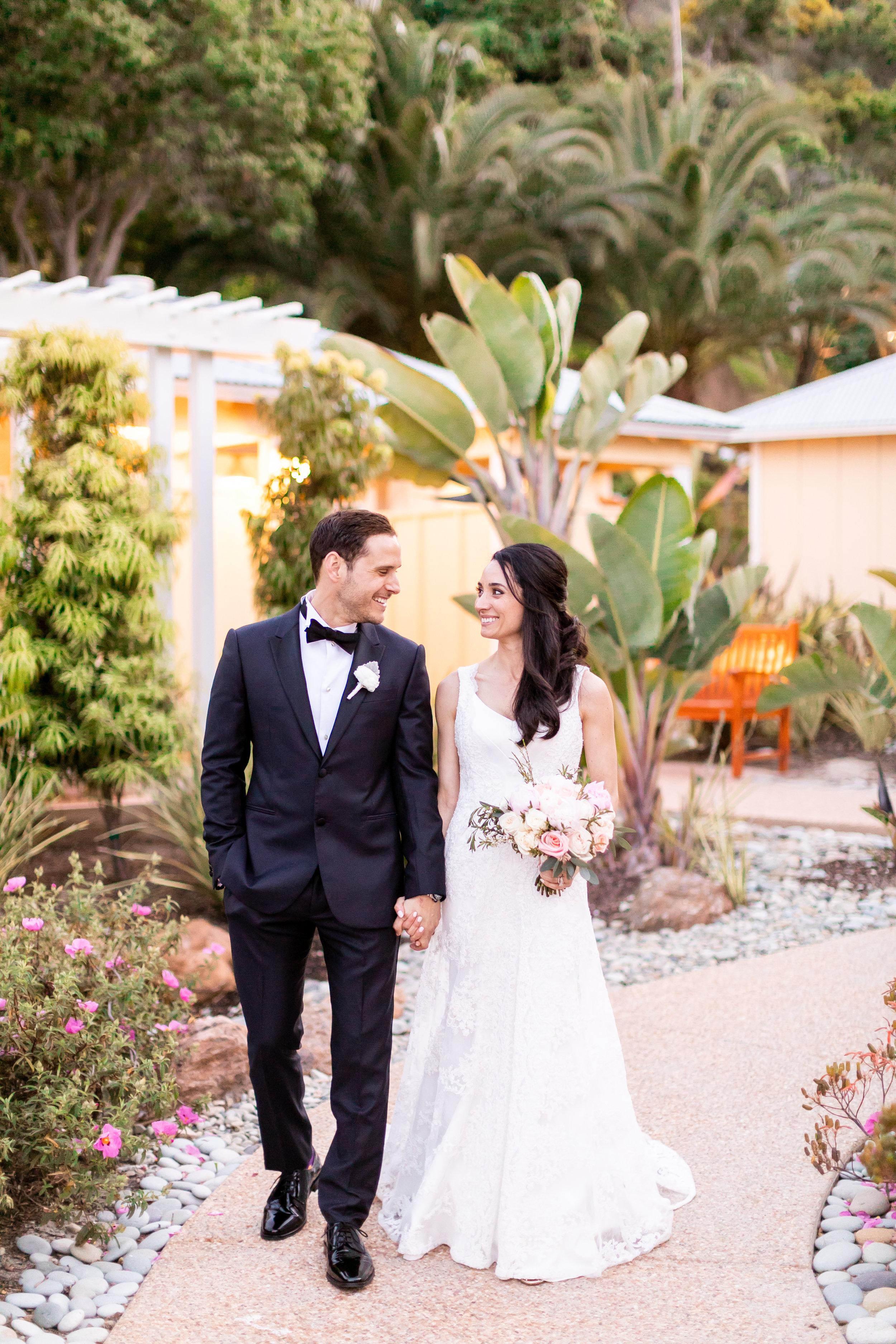 Descanso Beach Club wedding in catalina island