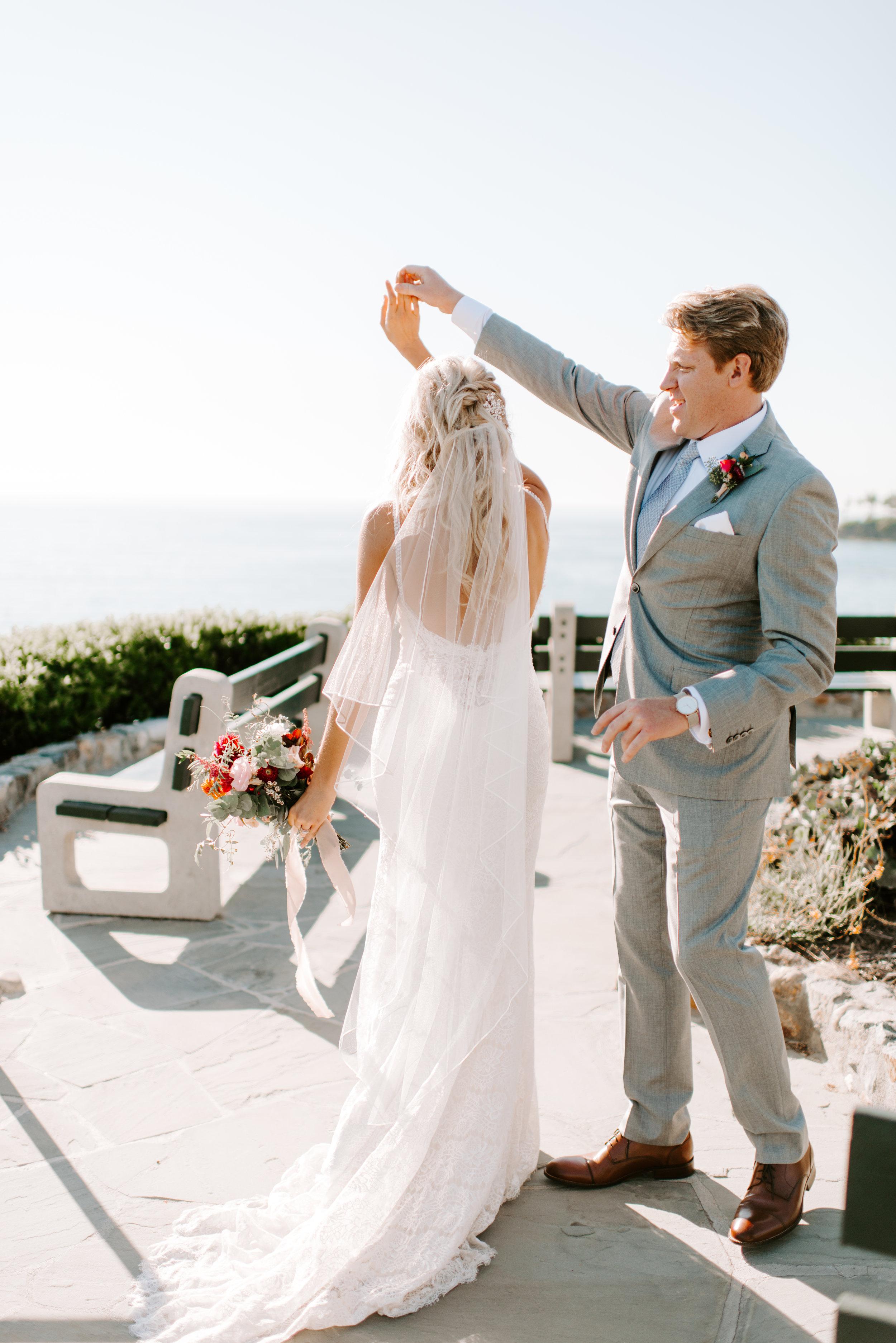 Boho beach hair for this laguna beach wedding