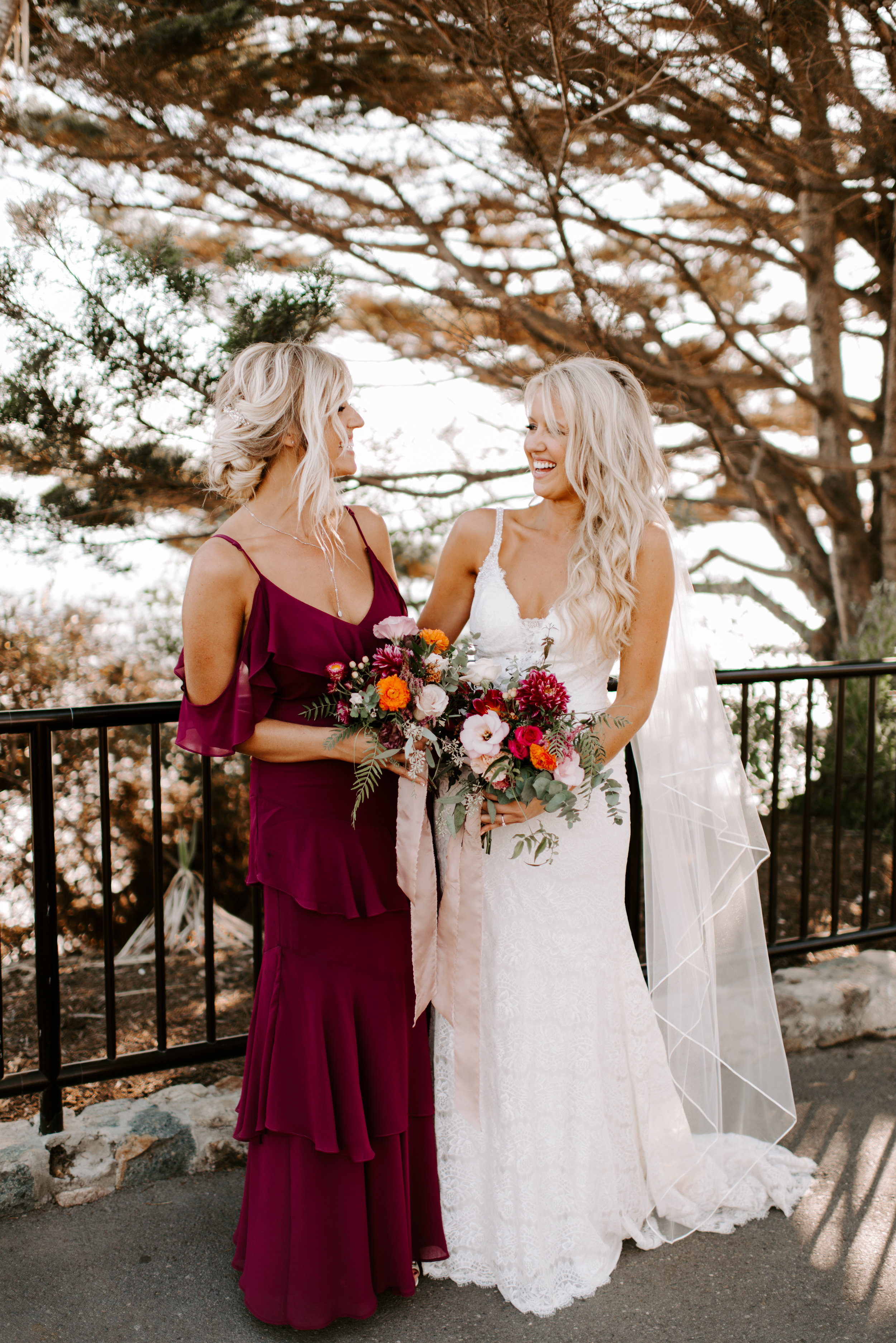 boho wedding hair and natural makeup looks for laguna beach wedding party