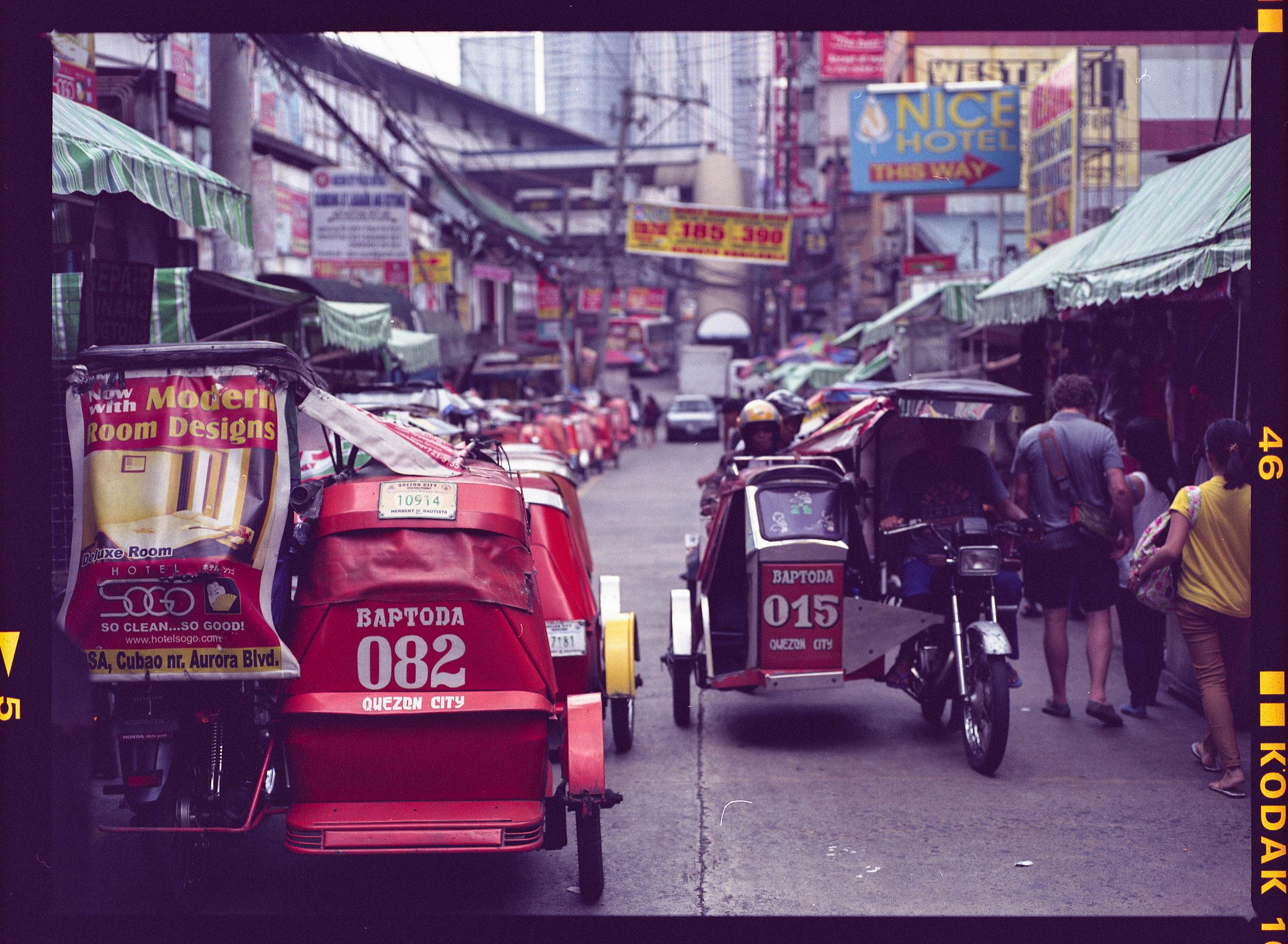Philippines_Mamiya_street_scene.jpg