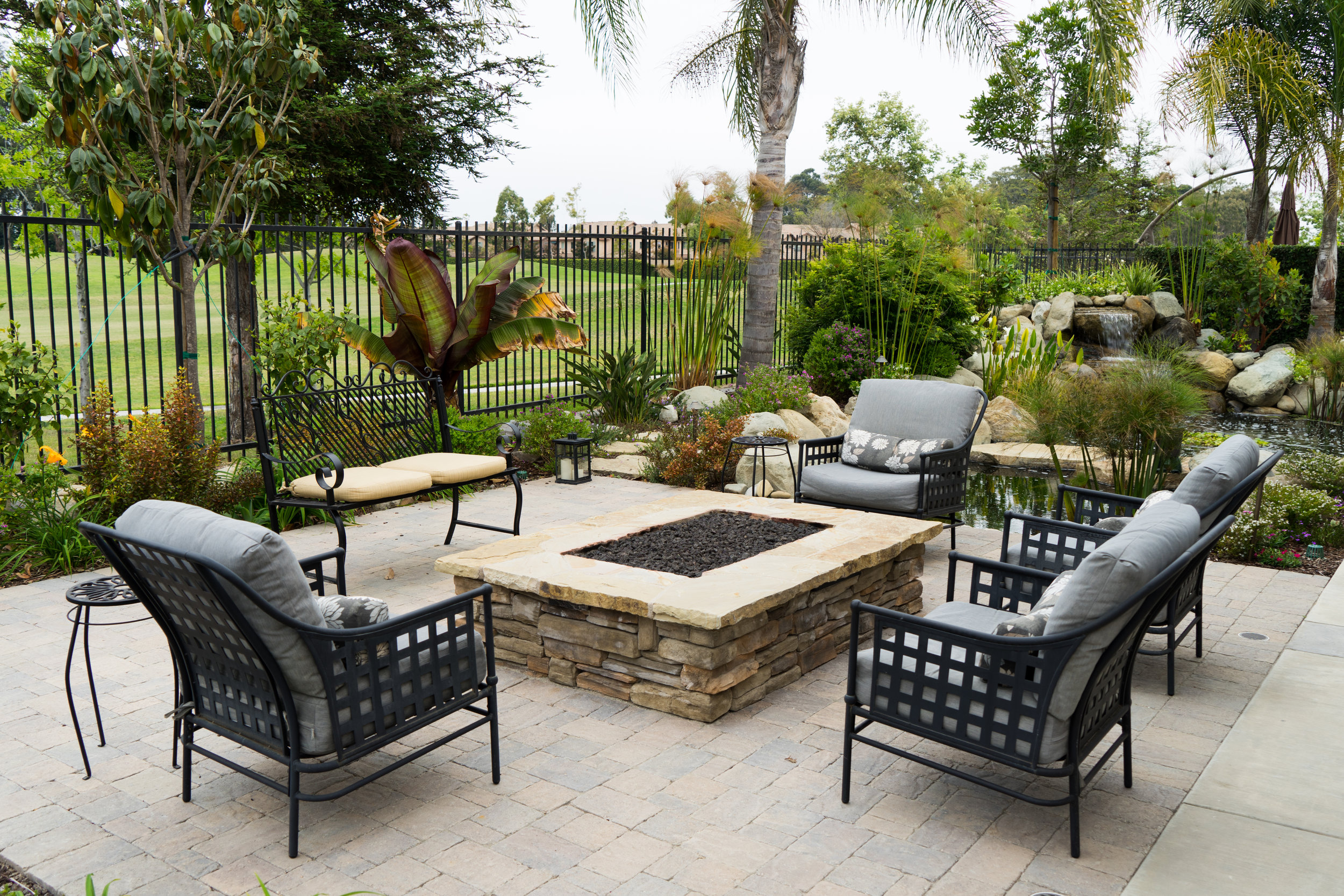 Fireplaces & Firepits -