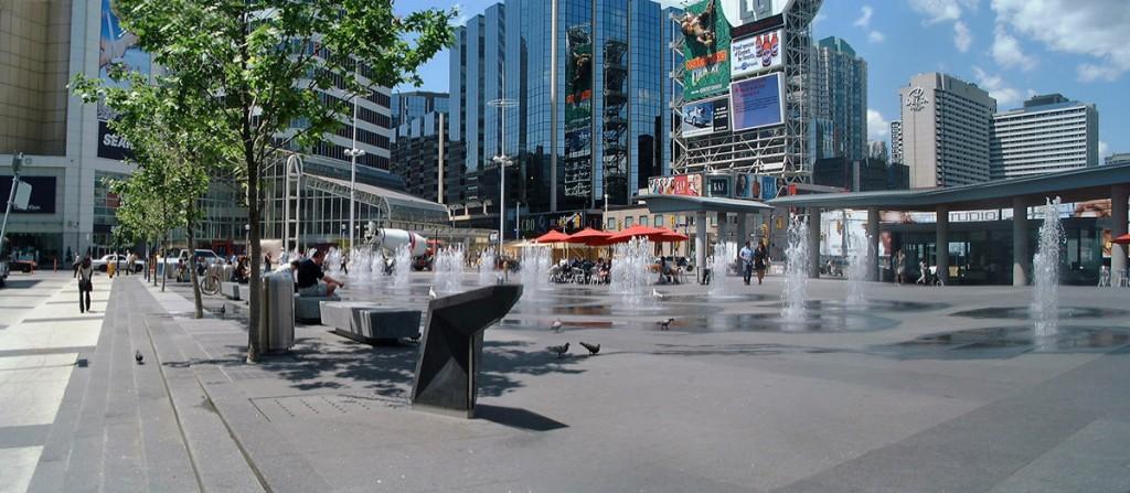 Dundas Square2.jpg