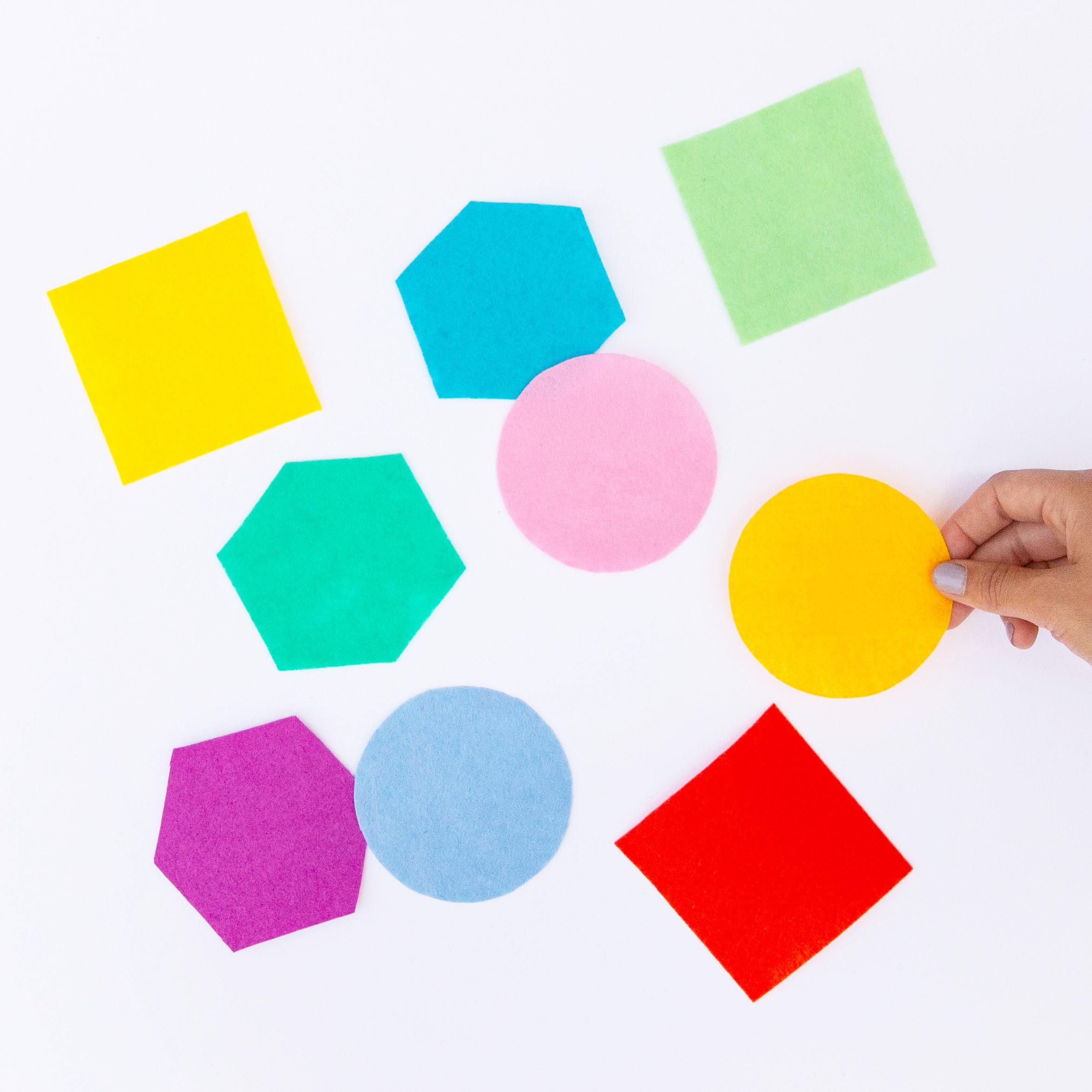 diy-pom-pom-coasters.jpg