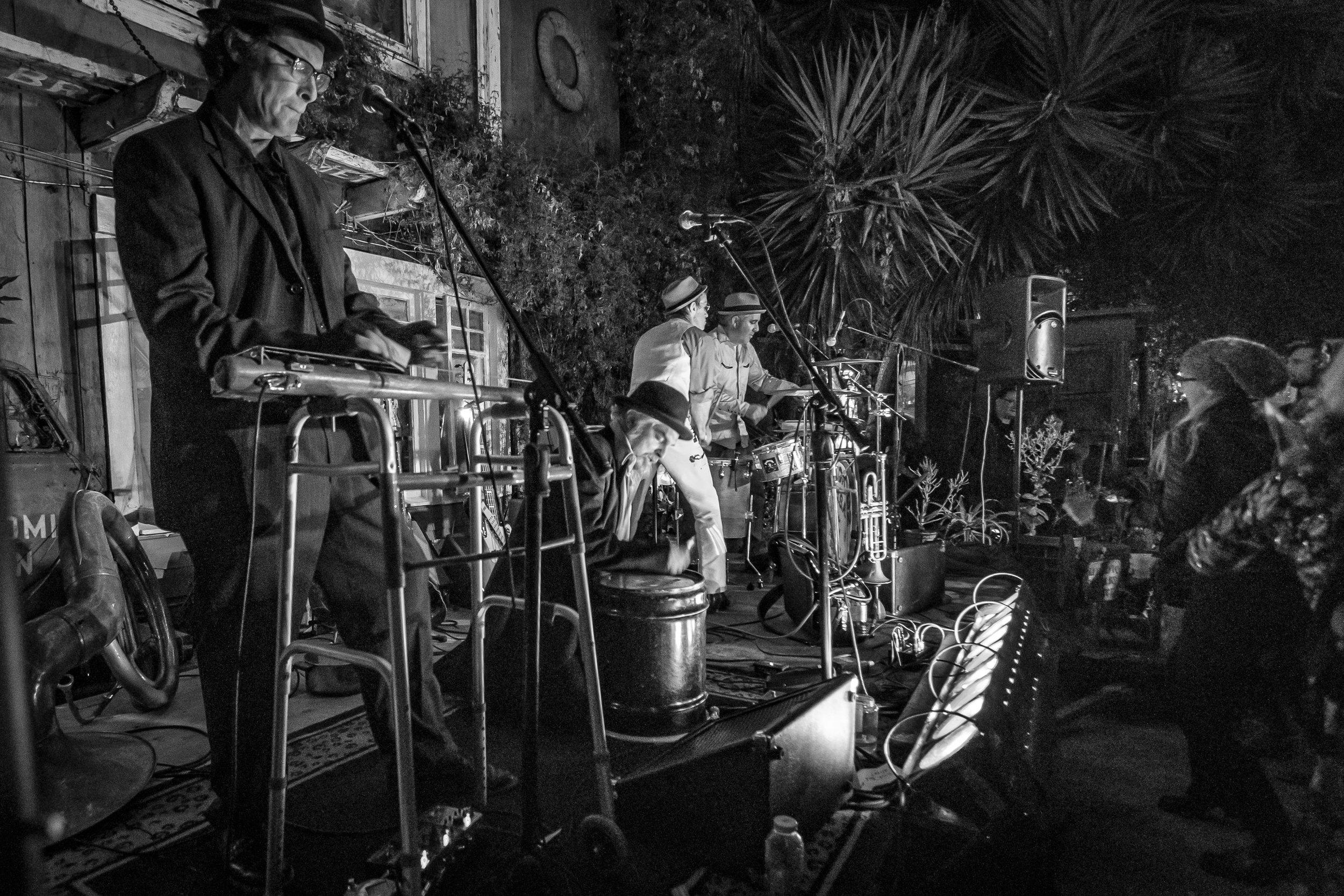 Shadetree-open-studio-party-182.jpg