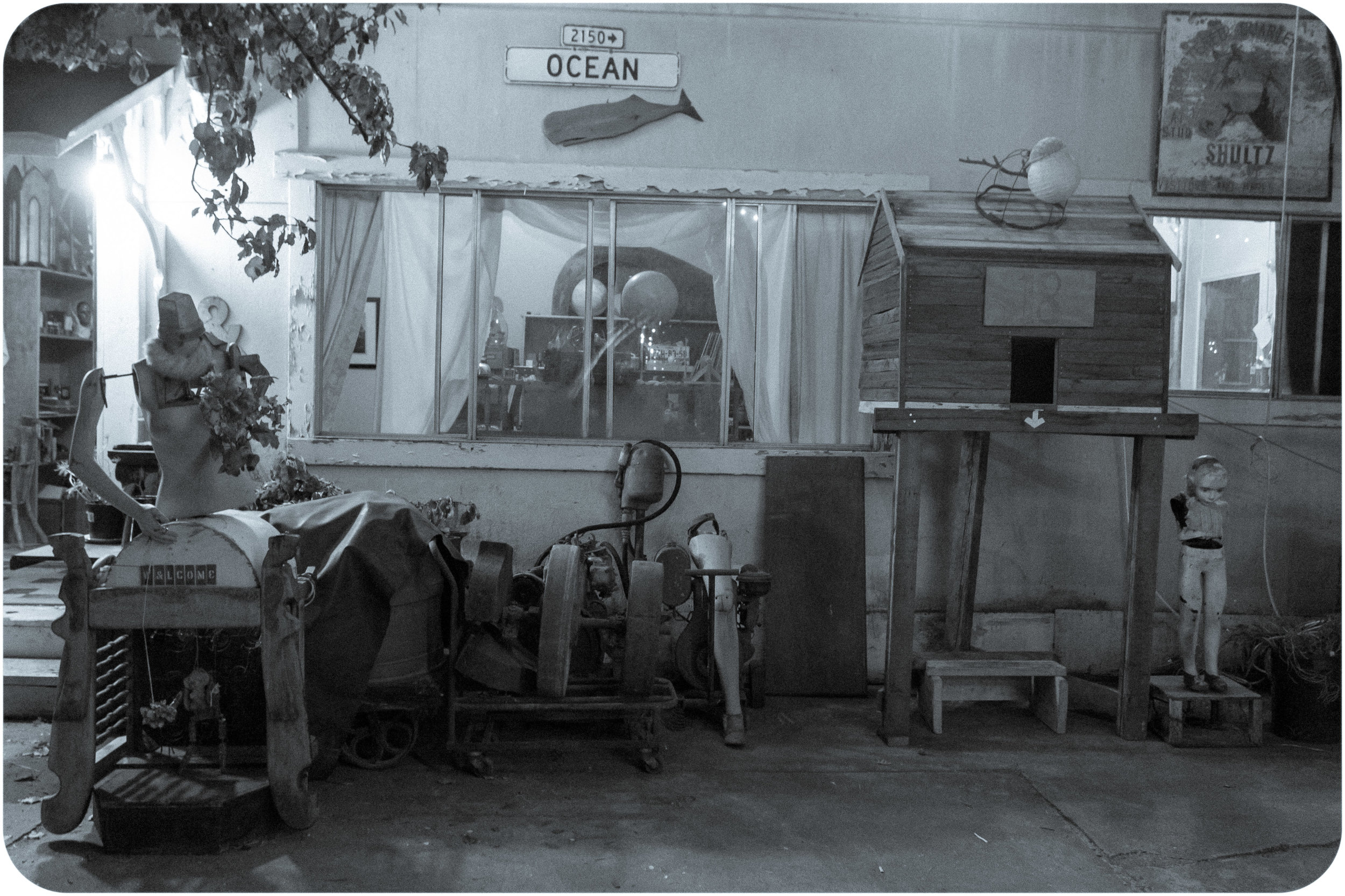 Shadetree-open-studio-party-18.jpg