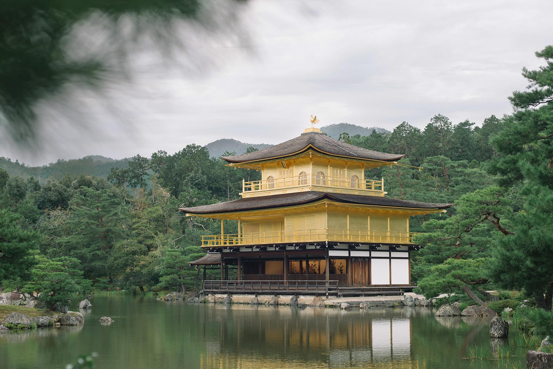 Kiyomizu dera is more beautiful in real life.