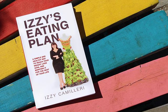 """Such a great reminder that there are really only two things you need to have a healthy life style: the first is to get a handle on the basic science of it all which this book does. And the second is to recognize your own personal agency and love yourself enough to take control of what you eat and how you move. Thanks Izzy for such a simple roadmap to wellness."" - Review from Leslie R., Ottawa • • It's never too late to start fresh! #TuesdayTip"