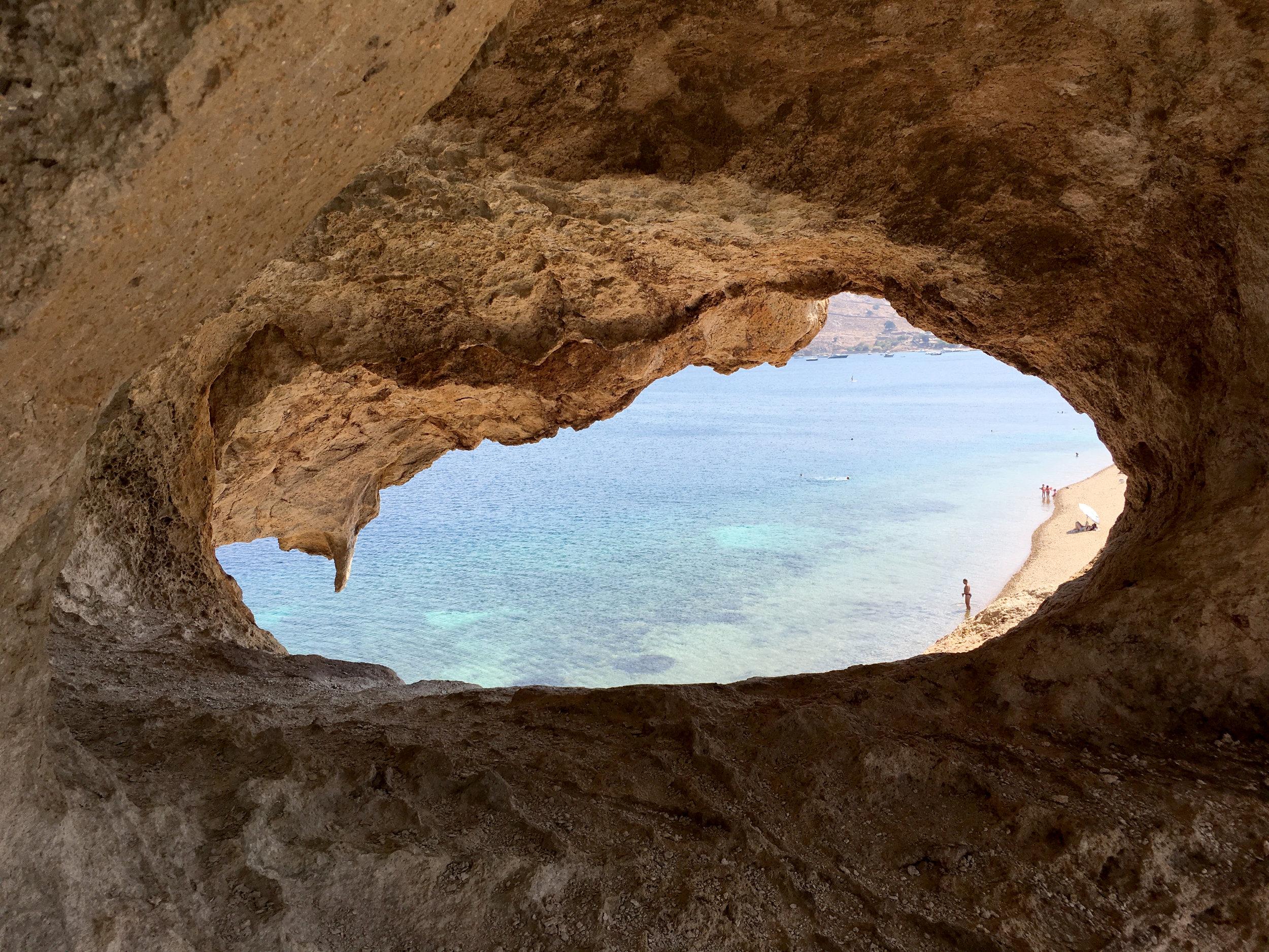 Plage de Petra  Patmos, Grèce