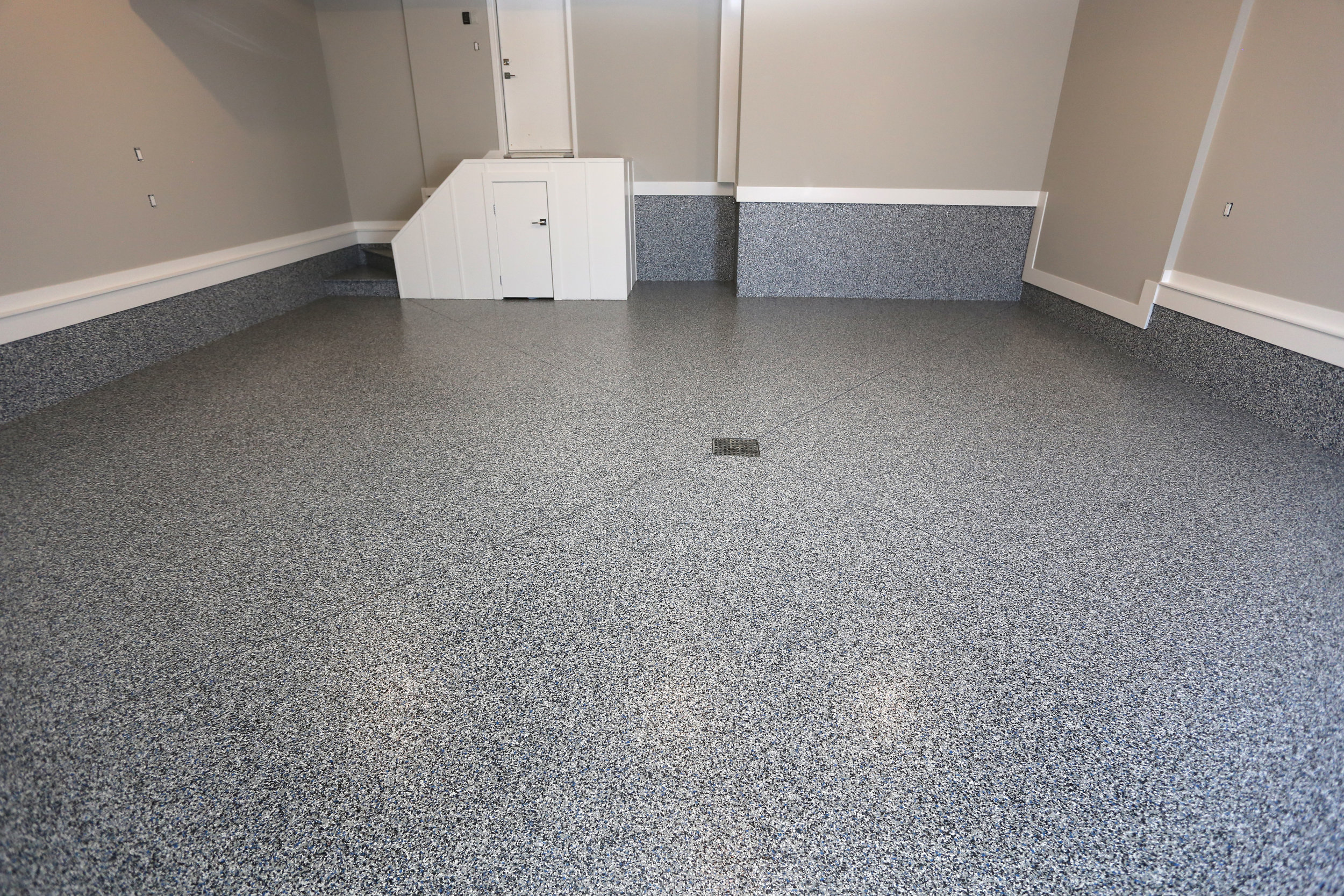 Polyaspartic Garage Floor Coating, Stem Wall - Complete
