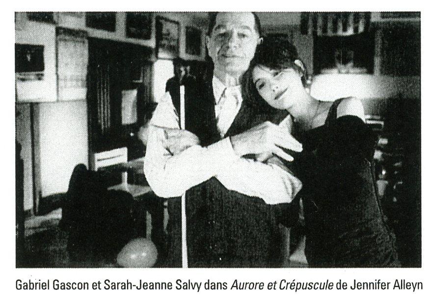 Sarah-Jeanne Salvy et Gabriel Gascon dans Aurore au crépuscule_Cosmos_1997.jpg