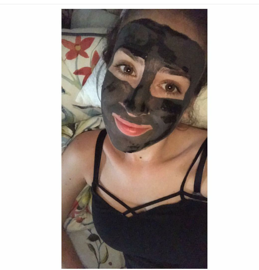 Charcoal Face Mask - I recently got this amazing charcoal mask from @dirtdonthurtme and I'm so obsessed with it after just one use!For starters it's like a mini arts & crafts project because you get to mix the powder with water! In addition to the fun aspect, charcoal has so many amazing qualities for your skin, body and teeth.This mask literally sucks all the dirt and impurities from your skin and leaves you feeling so fresh and so clean. My skin has never quiet felt so clean and pure. Putting the mask together is super easy. I highly recommend checking this mask out as well as their other products. I love me some @dirtdonthurtme !Instagram// Aug 28th,2017 // @Trendi.ness