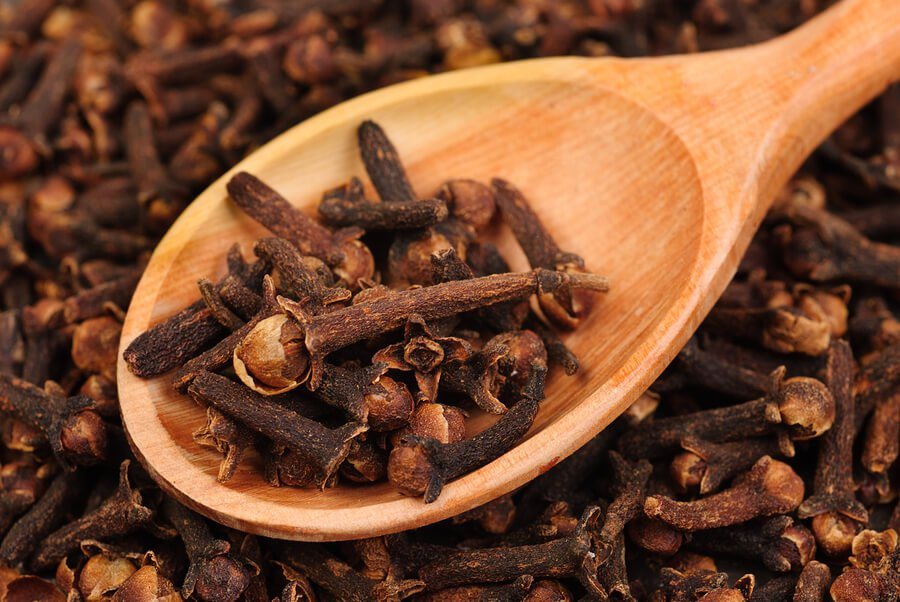 Clove  Soothes Sore gums, pain reliever, Natural Disinfectant, Antibacterial
