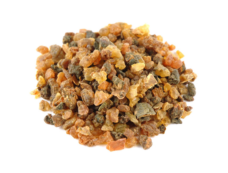 Myrrh Gum  Helps heal and tighten gums, soothes mouth sores, relieves bleeding gums, fights gum disease and tooth decay.