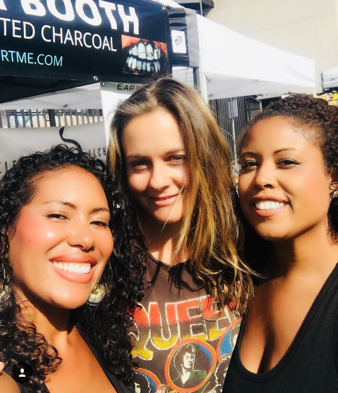 Alicia Silverstone at the Hollywood Farmers Market