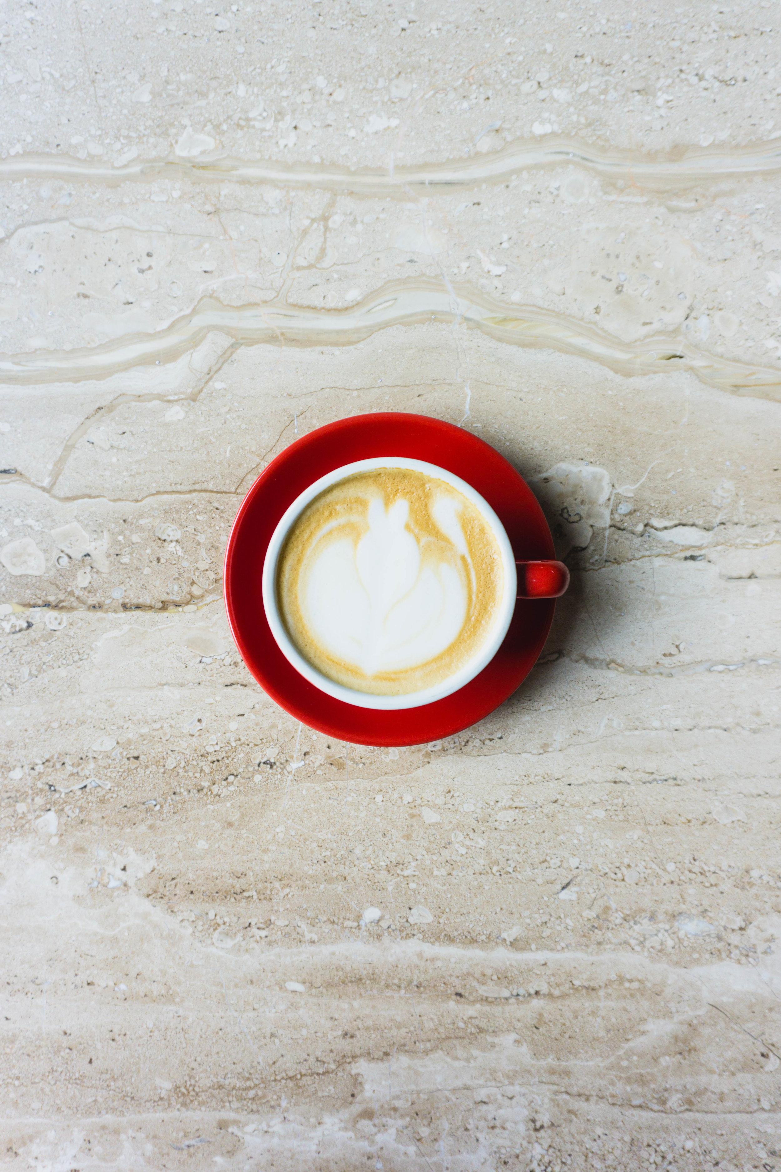 Amateur latte art