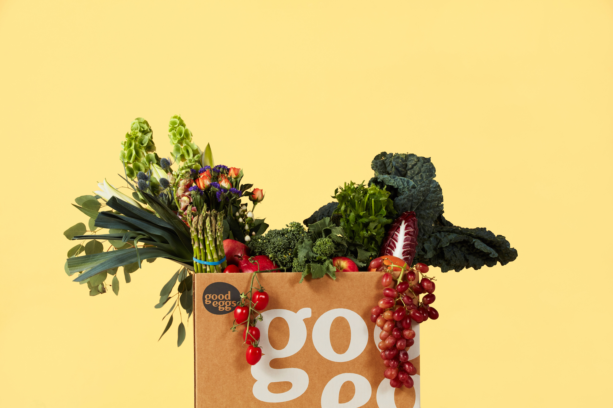 GOOD EGGS - PHOTOGRAPHY: LANCE SKUNDRICHCREATIVE DIRECTION: BUTCHERSHOP CREATIVEART DIRECTION: BUHO DESIGN + CO.PROP STYLING: BUHO DESIGN + CO.