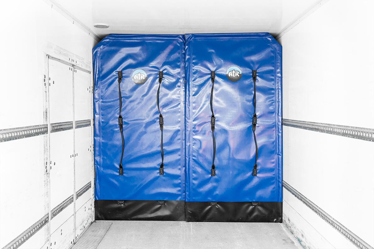Hino-14Pallet-rental-truck-box-interior-padding.png