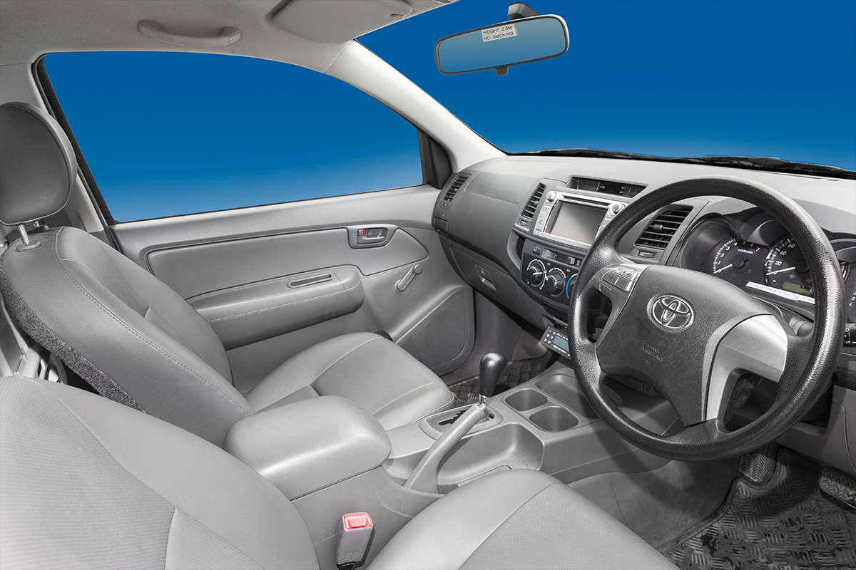 Hilux-rental-vehicle-cabin1.png