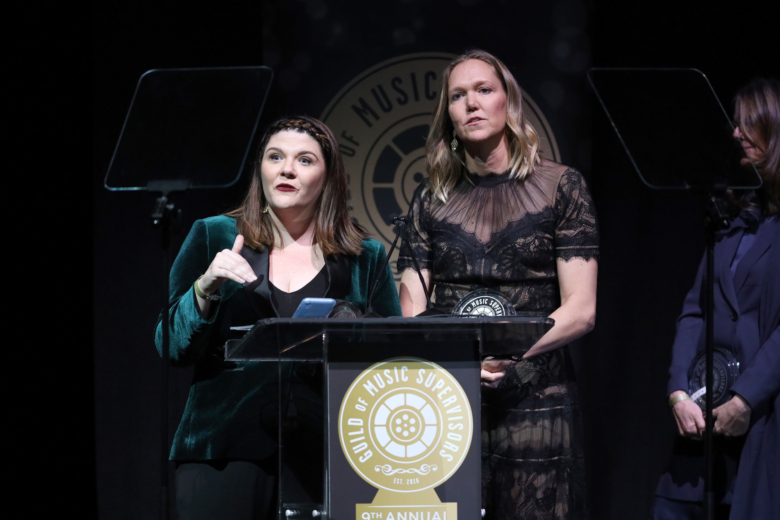 Laura Webb and Lindsay Wolfington at the 9th Annual Guild of Music Supervisors Awards. | © Rich Polk | Getty Images