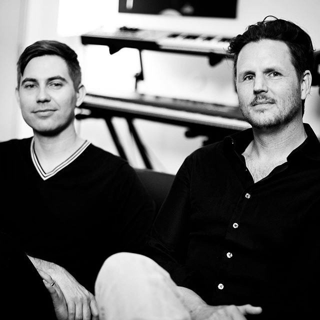 Happy to share our latest interview with Taylor Stewart and Andy Grush @jagrush, best known as #TheNewtonBrothers @thenewtonbroth3rs 🕸   Prominent composing duo discuss the pathos behind their achingly beautiful main titles theme for #TheHauntingofHillHouse @_haunting, summoning woeful sensations to embody the plight of the Crain family, the revelatory influence of #JohnWilliams on their musical union, naming themselves after English mathematician/physicist, #SirIsaacNewton, and re-teaming with #MikeFlanagan @flans ganfilm for @doctorsleepmovie, the upcoming prequel to #TheShining. 👀  Link in @popdisciple bio to read the full interview.🤘