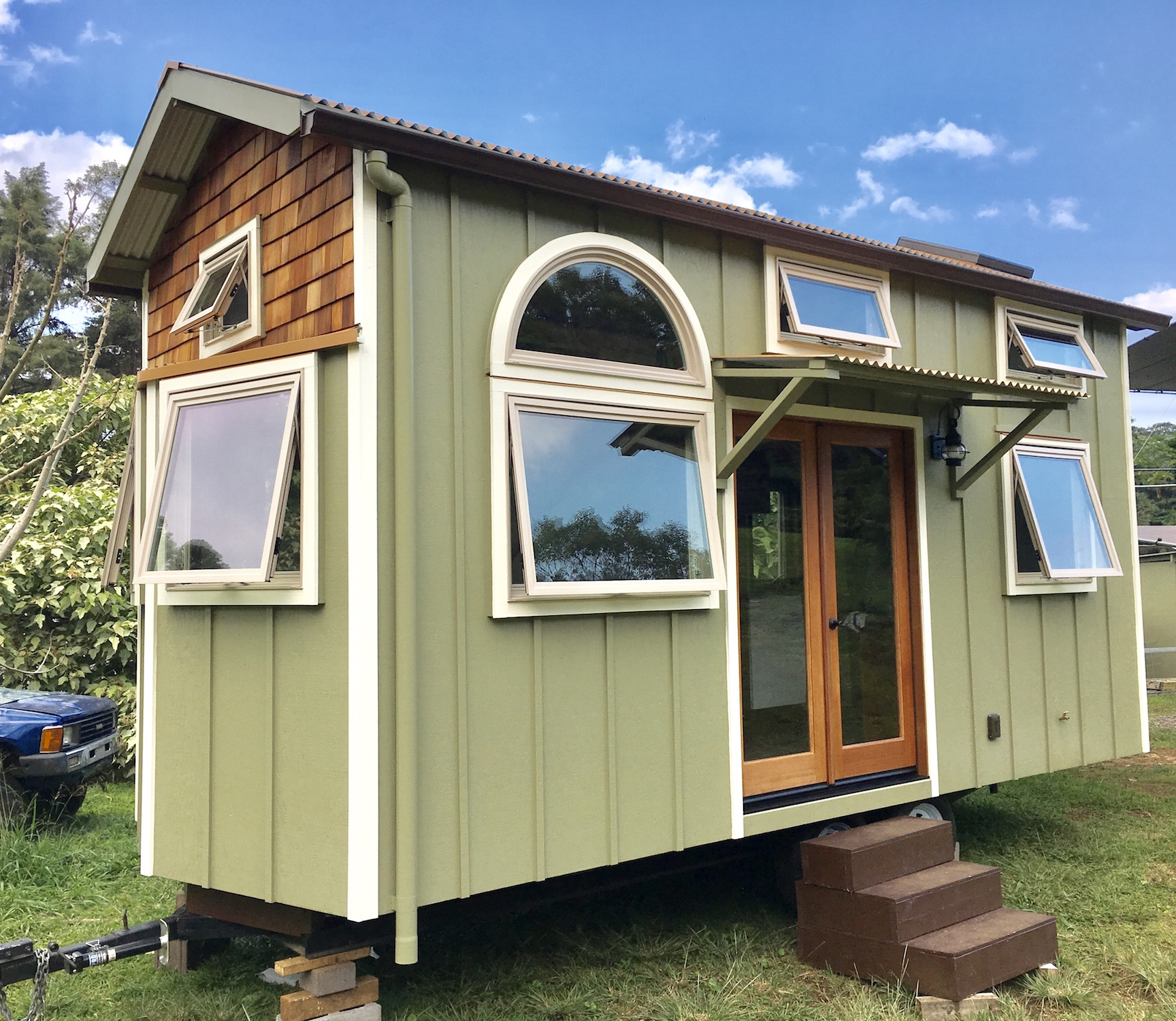 tiny-home-hawaii-alsatia