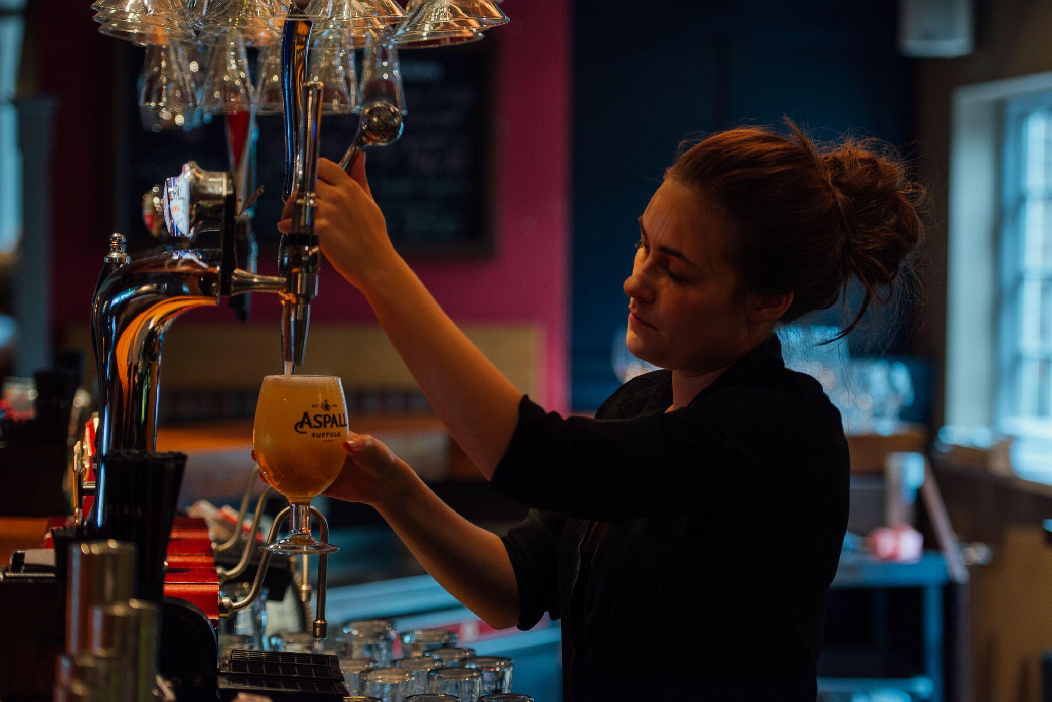 Red Lion Bar w: Barmaid.jpg