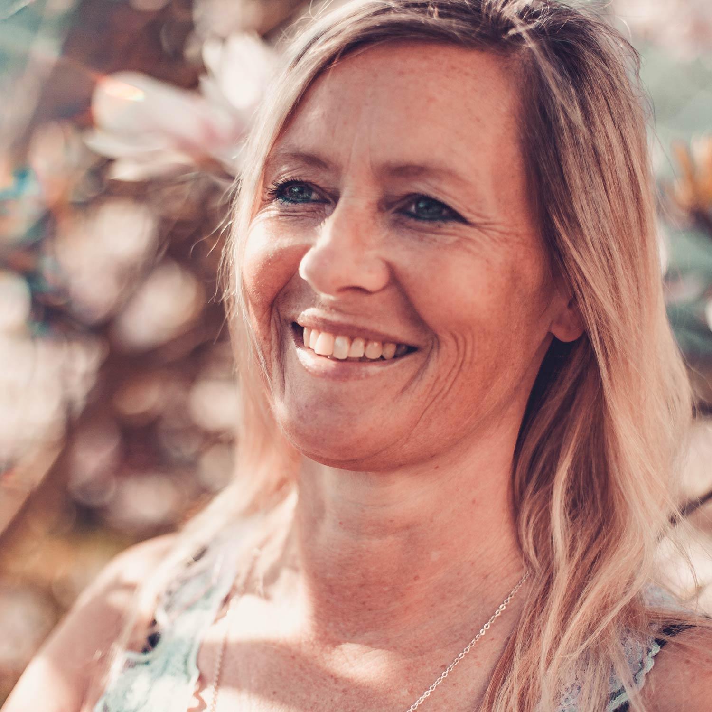 Heidi Schwarz  Yogalehrerin & Heilpraktikerin (Psychotherapie)