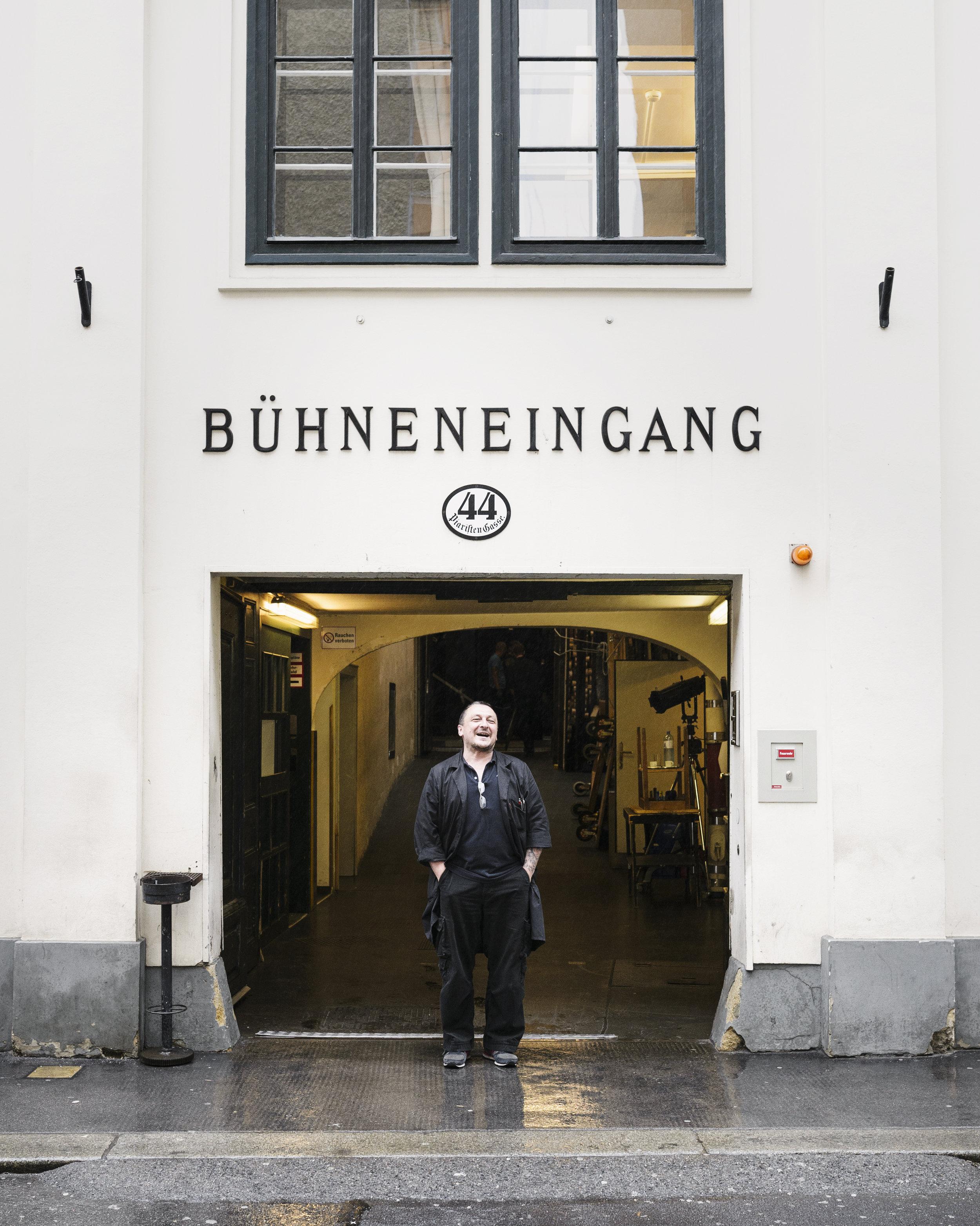 CHRISTIAN NEUBAUER / Bühnenoberbaumeister, Theater in der Josefstadt