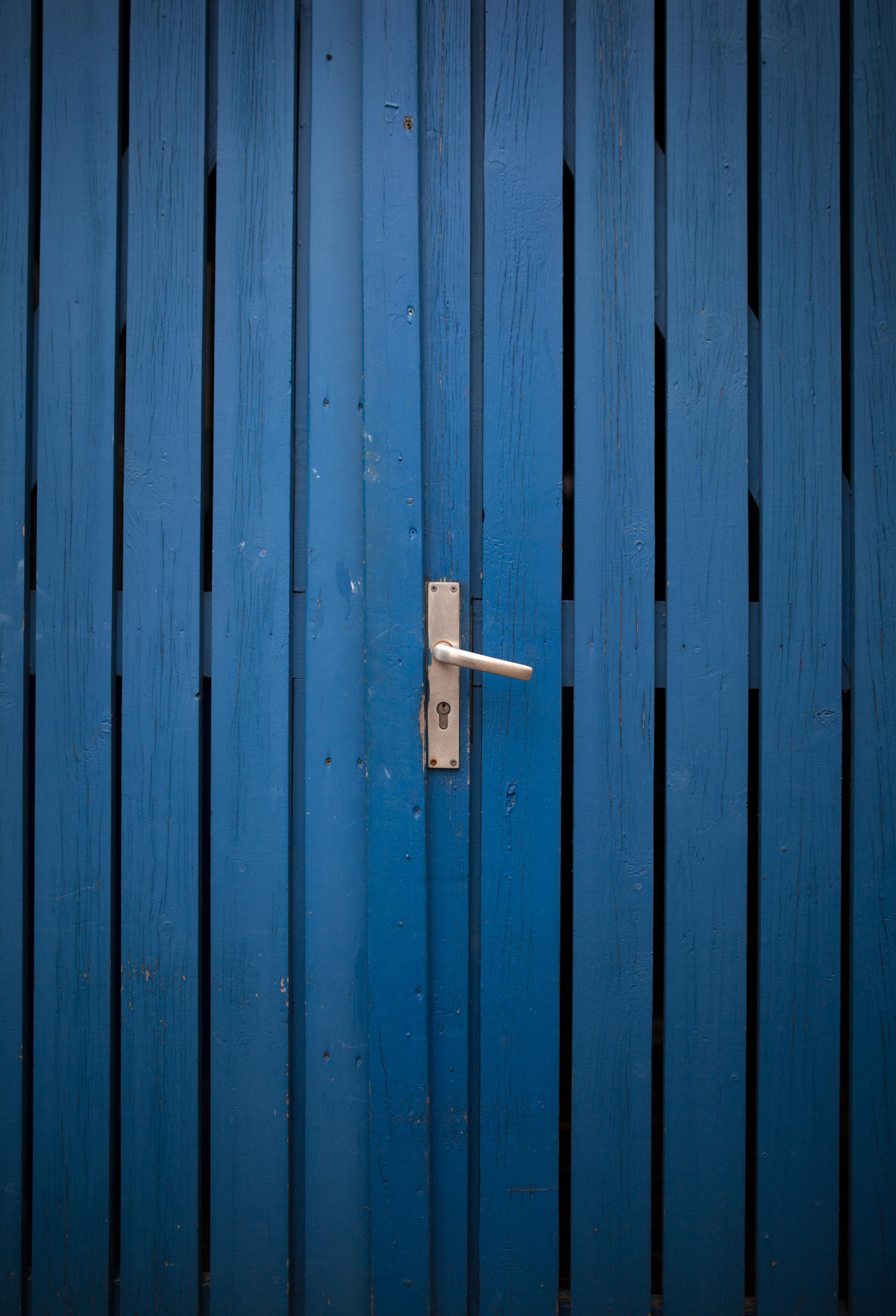 Finde Türen zu geheimnisvollen Orten