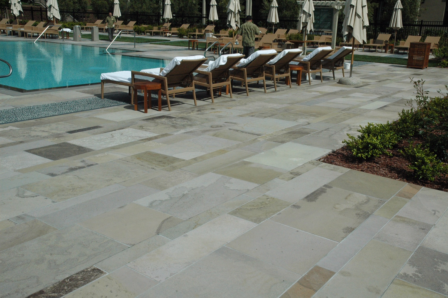 Rosewood Hotel – Tropical Porphyry