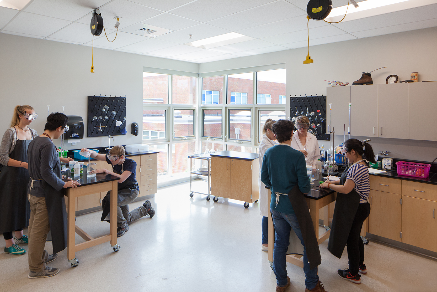 Science classes can change formats from lecture to discussion to lab work in one class period.