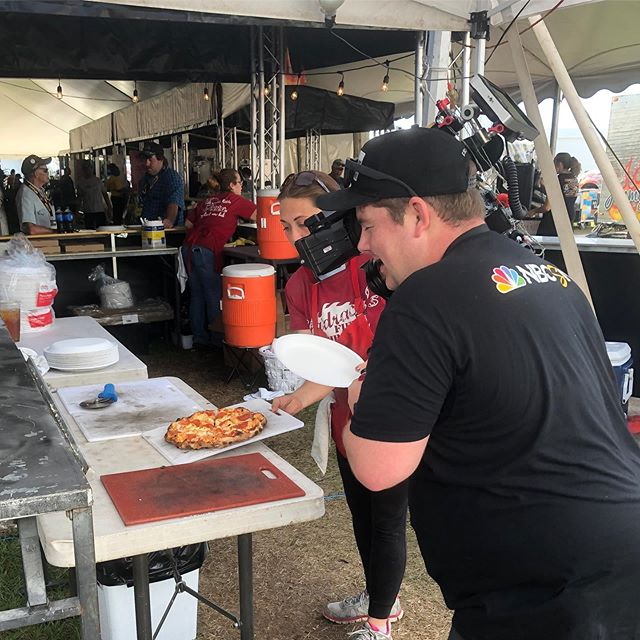 Yeah, we're kind of a big deal💁🏼‍♀️🍕 Come see us until Sunday the 13th at the Mecum Auto Auction in Kissimmee! 🏎🤩 #pizza #mecumkissimmee #yum #nbc #foodporn