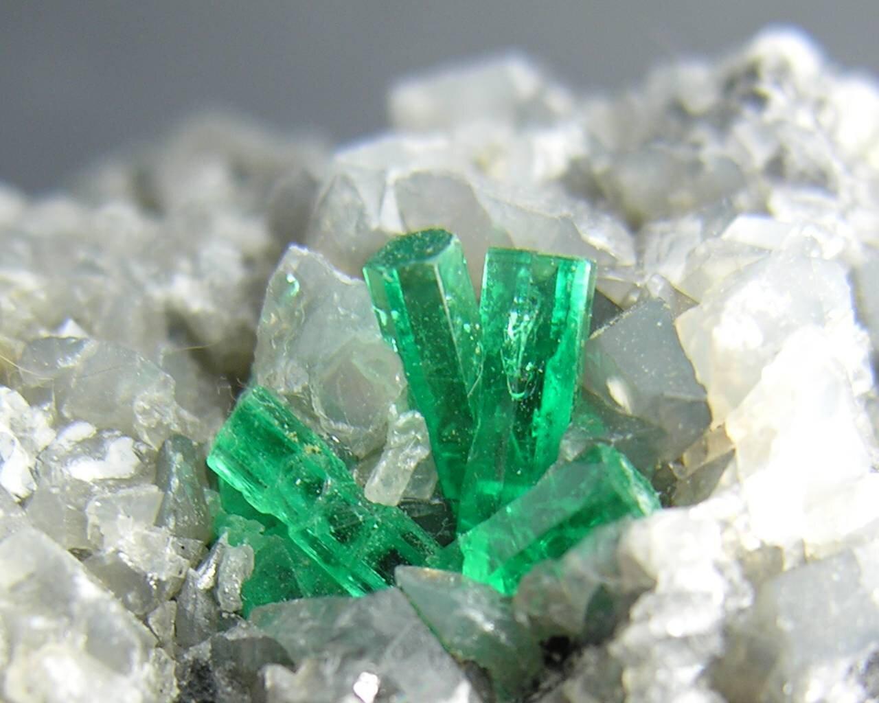 crystal331.jpg