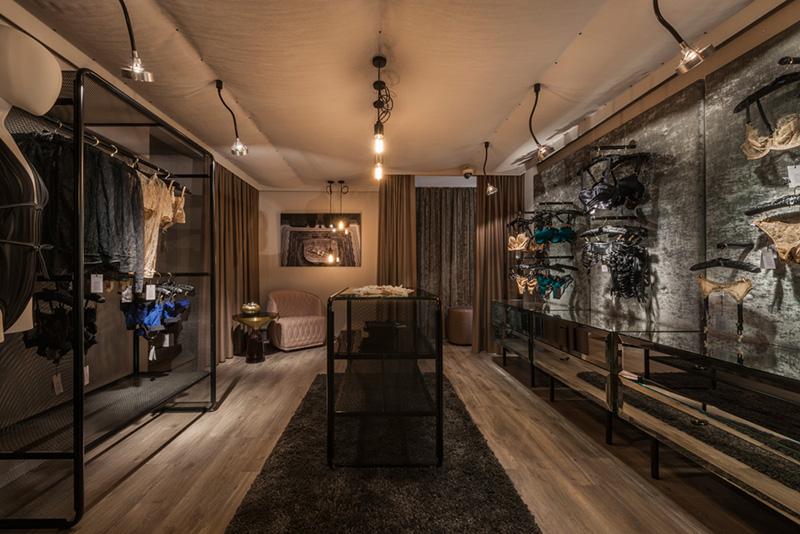 244_iria_degen_interiors_risque_boutique_zurich4.jpg
