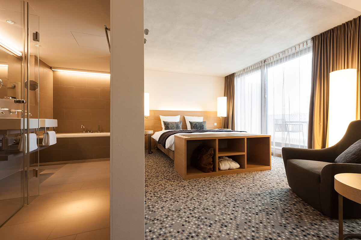 158_iria_degen_interiors_hotel_pullman_basel_europe3.jpg