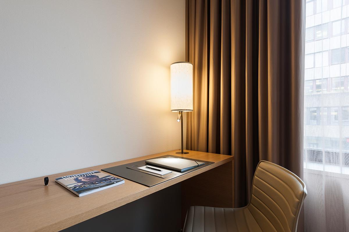 158_iria_degen_interiors_hotel_pullman_basel_europe5.jpg