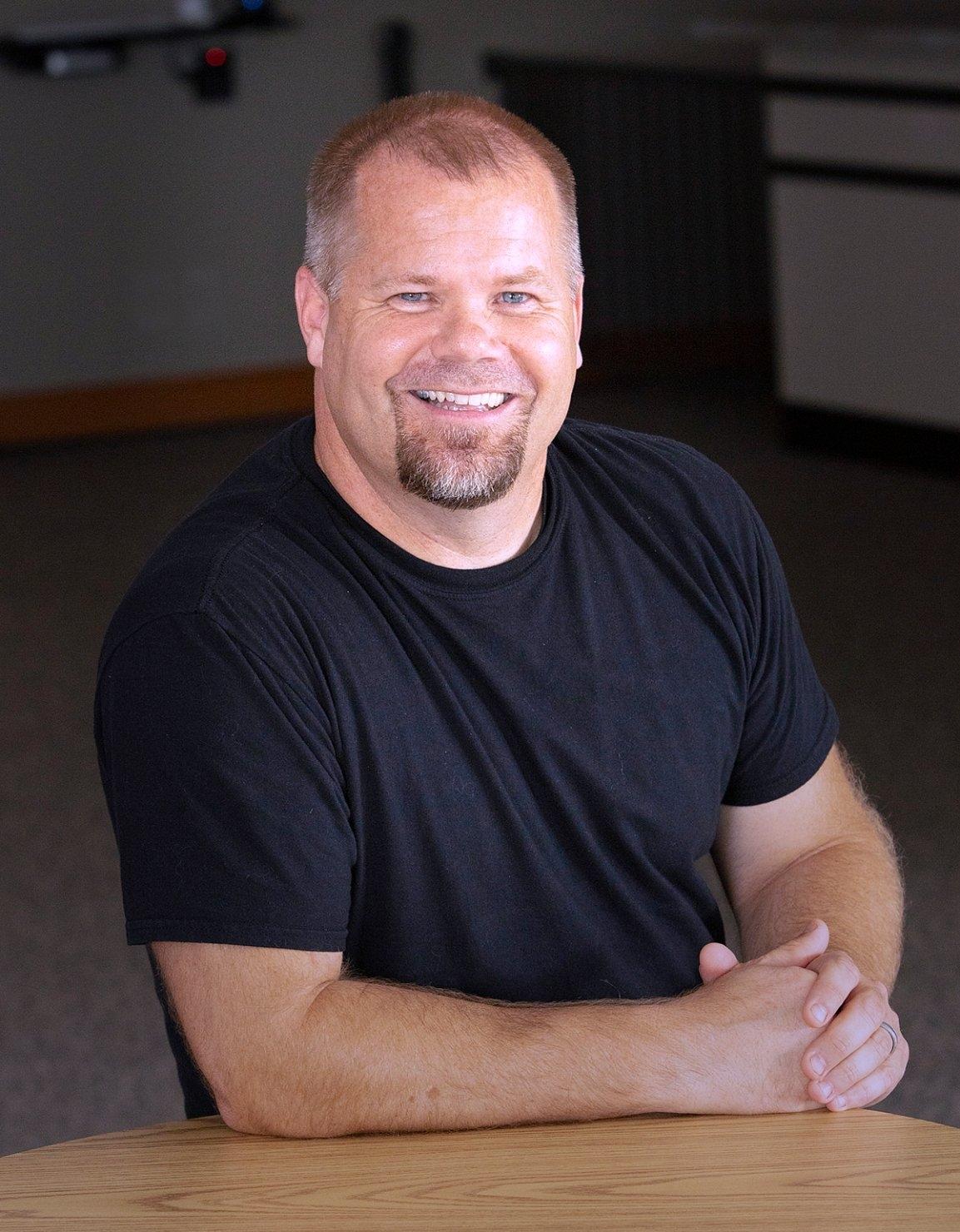 Matt Yaley  |  Danville Youth Pastor    matt@harmonybiblechurch.org