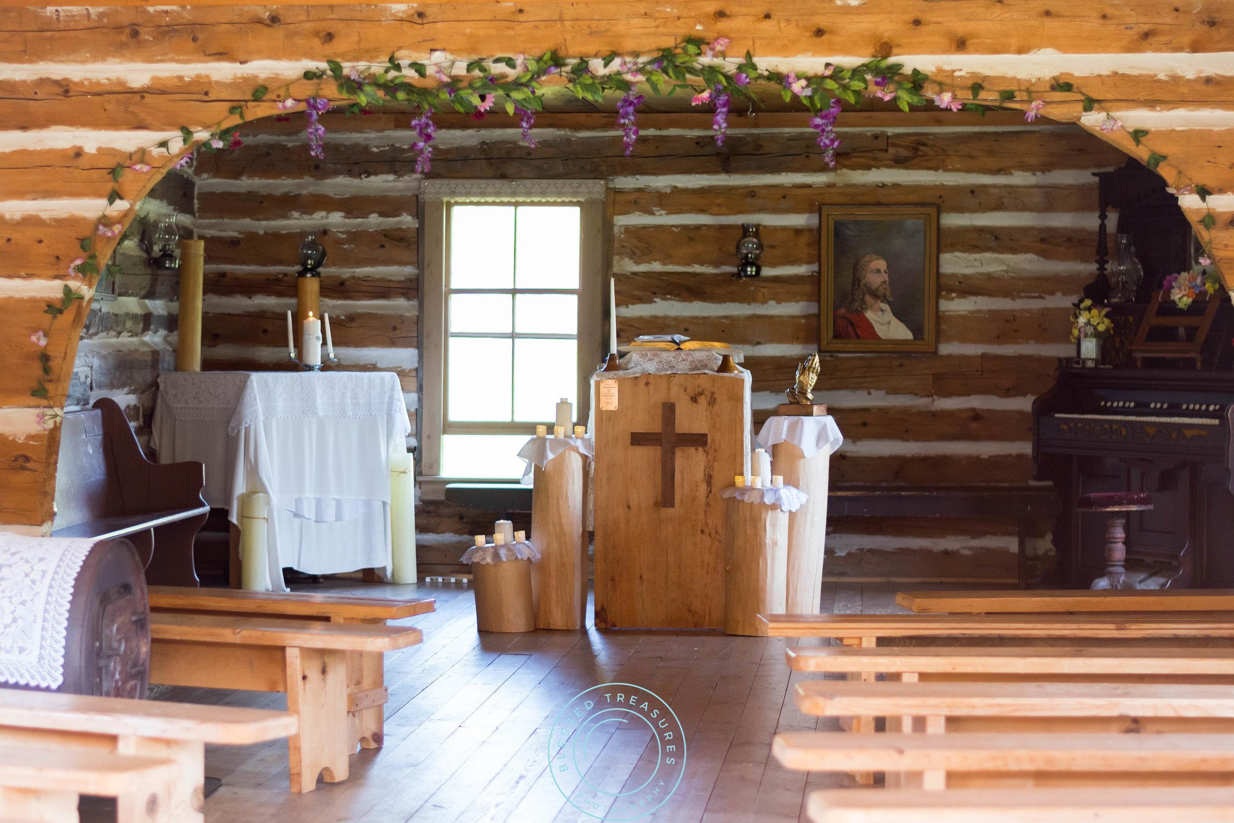 Mansfield township pioneer church crystal falls michigan wedding location