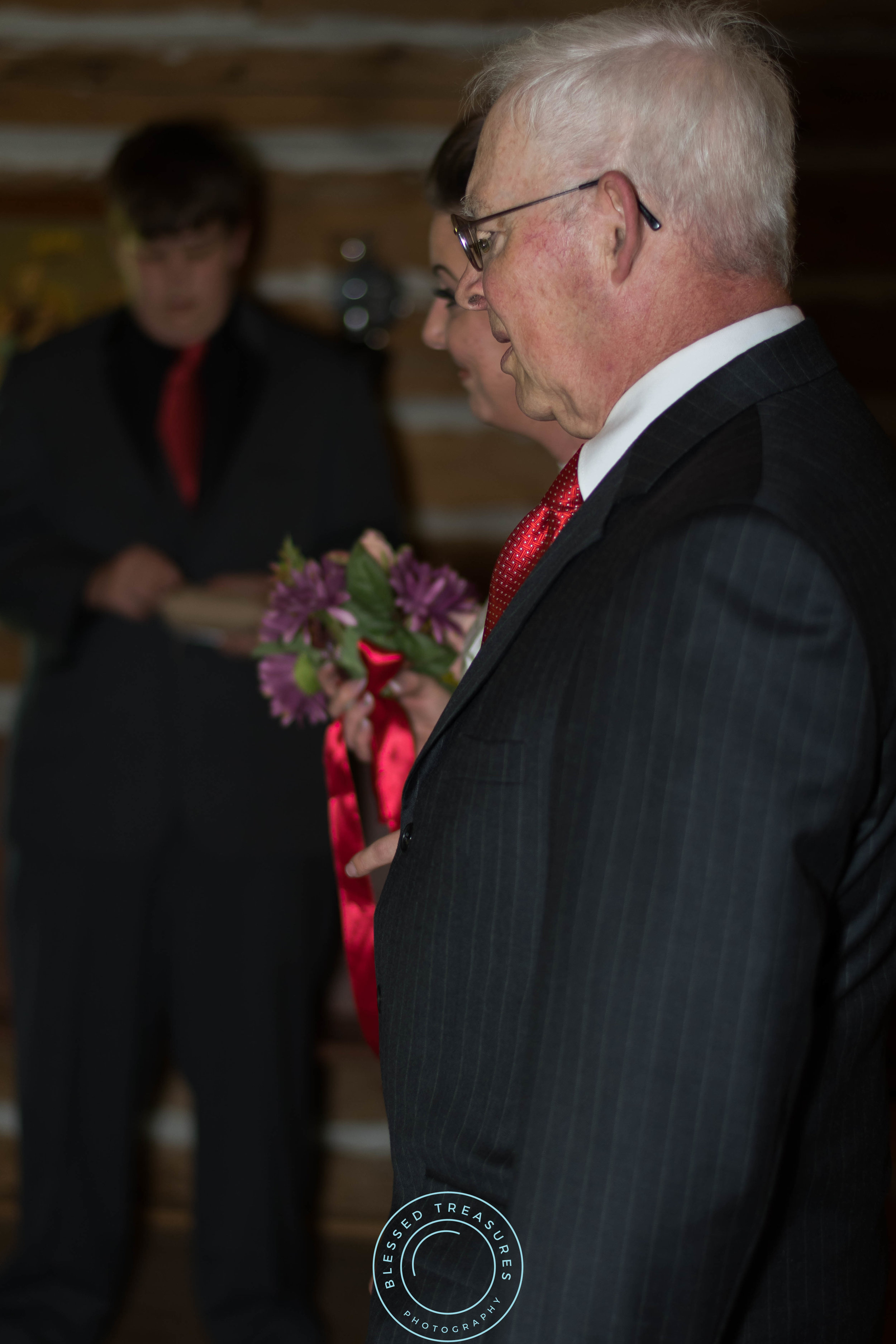 Mansfield township pioneer church crystal falls michigan bridal entrance with father