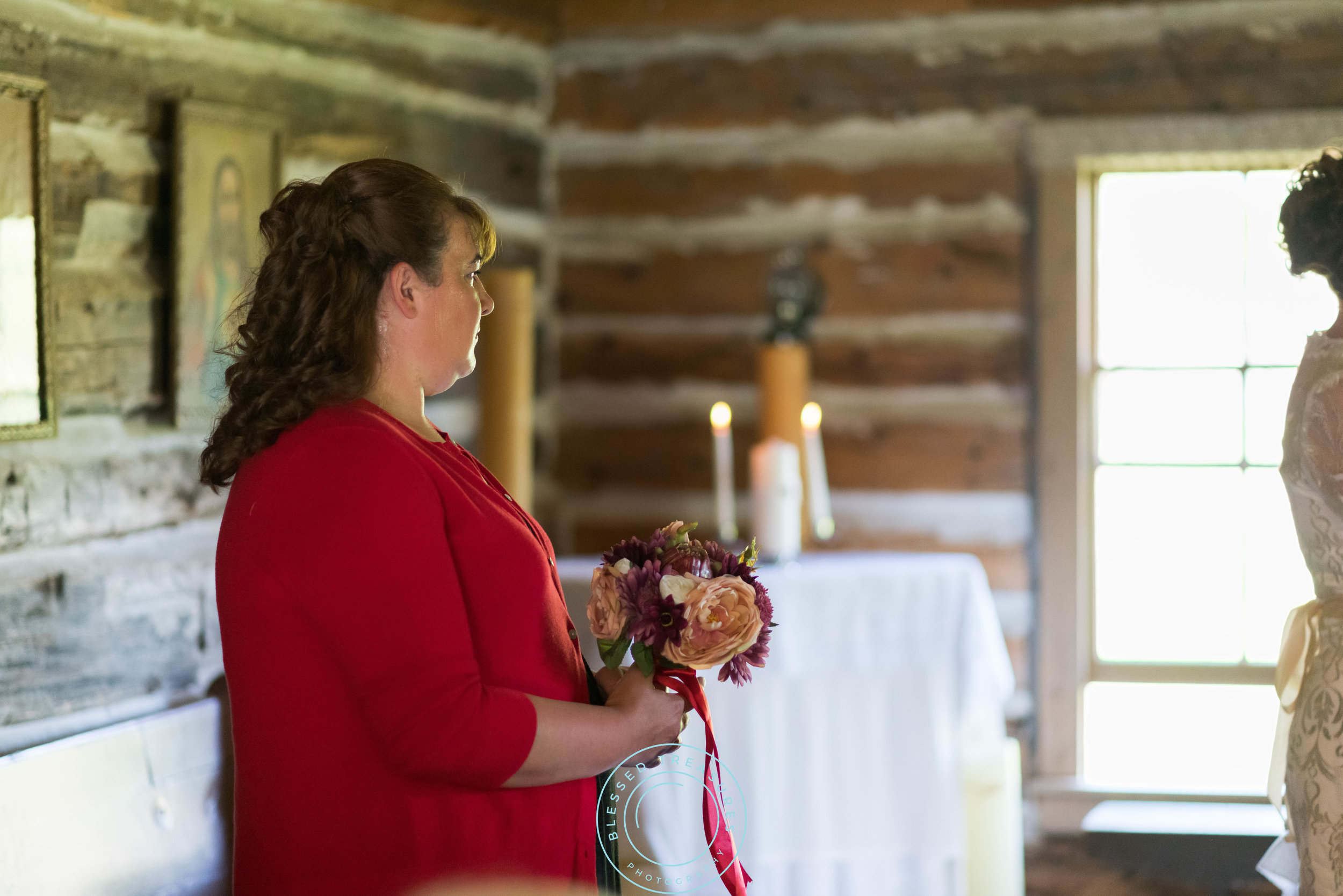 Mansfield township pioneer church crystal falls michigan bride and groom wedding ceremony maid of honour