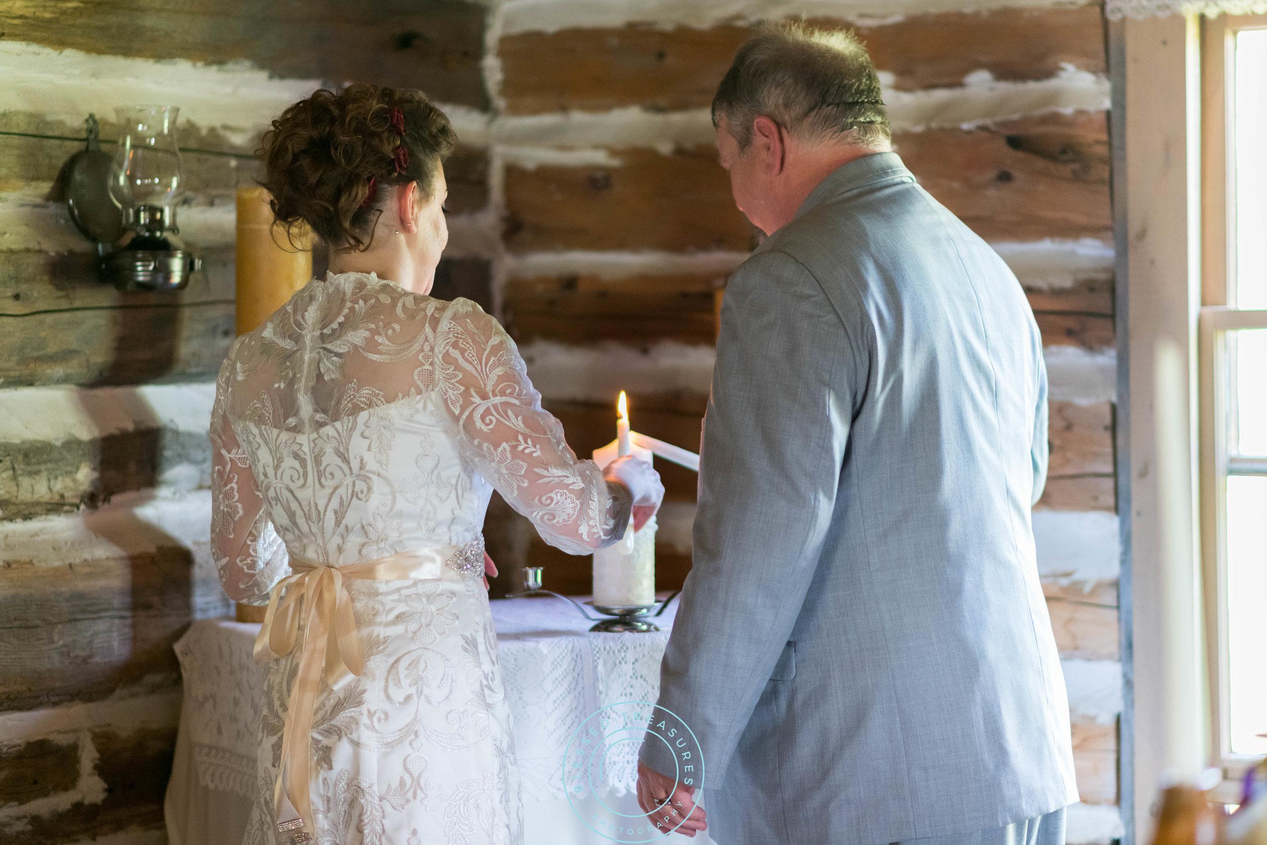 Mansfield township pioneer church crystal falls michigan bride and groom wedding ceremony unity candle diamond pearl broach