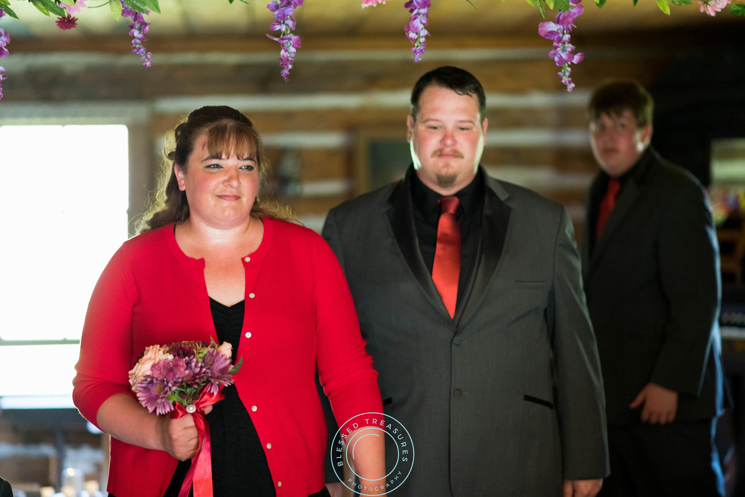 Mansfield township pioneer church crystal falls michigan bride and groom wedding ceremony