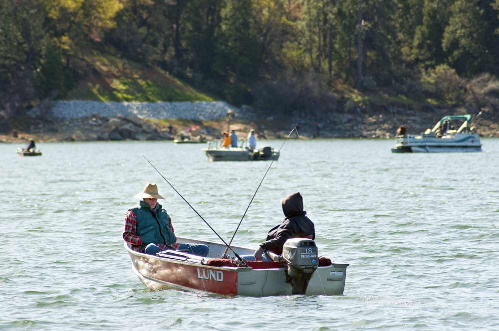 BASS LAKE FISHING DERBY  PHOTO BY NANCY ROBBINS PHOTOGRAPHY
