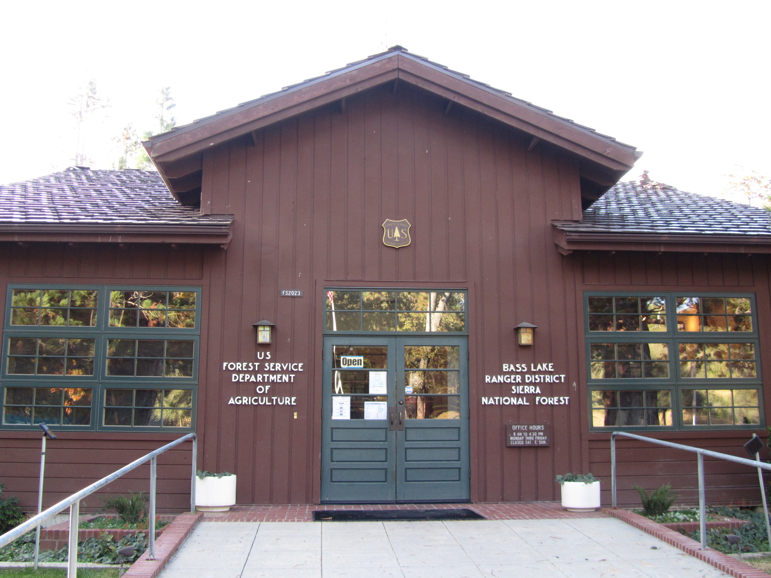 BASS LAKE RANGER DISTRICT OFFICE LOCATED IN NORTH FORK, CA