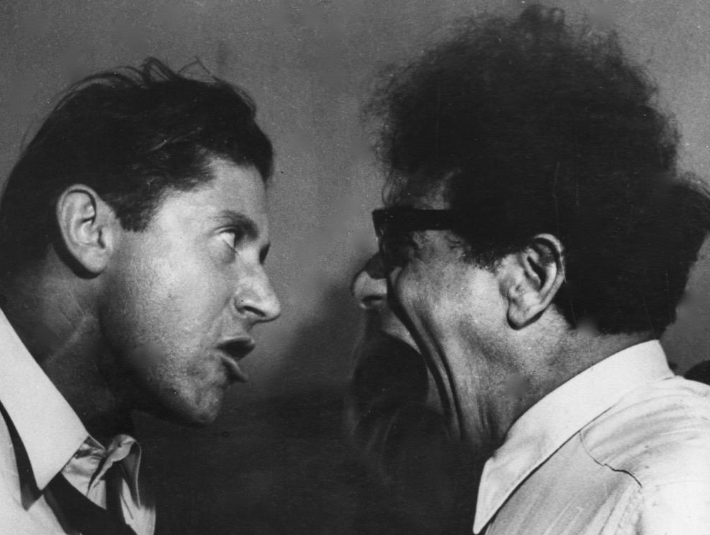 Roy Hart and Alfred Wolfsohn, Singing Lesson. Courtesy of RHT Photographic Archives.